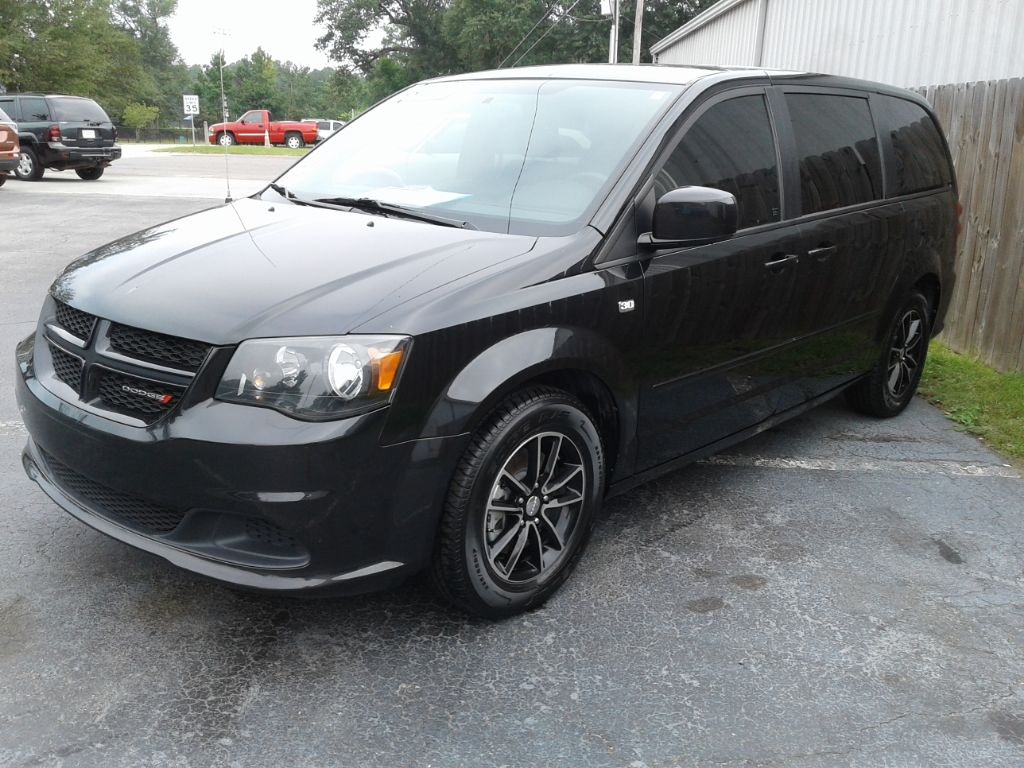Crescent Automotive Corp Inc 2014 Dodge Grand Caravan